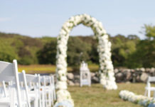 Pretty Ways To Decorate Your Ceremony Aisle